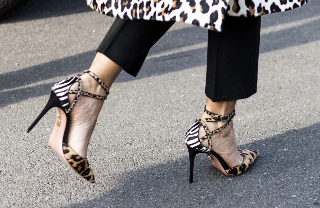 shoes, Αν φοράτε ψηλοτάκουνα και βγάζετε «φουσκάλες», αυτό το trick θα σας σώσει!