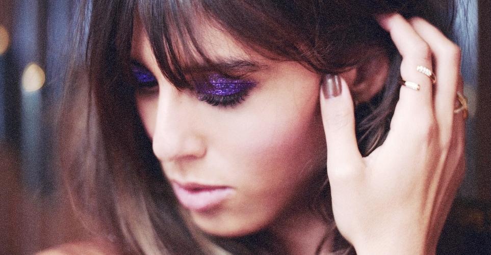 violette, glitter, smokey eye
