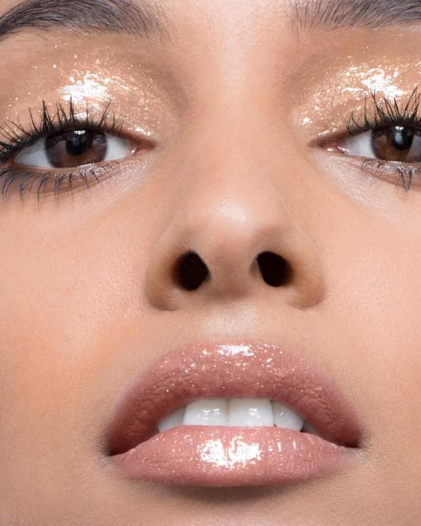 glossy, Trend Alert: Αυτό είναι το μακιγιάζ που θα κάνουμε όλες το 2019