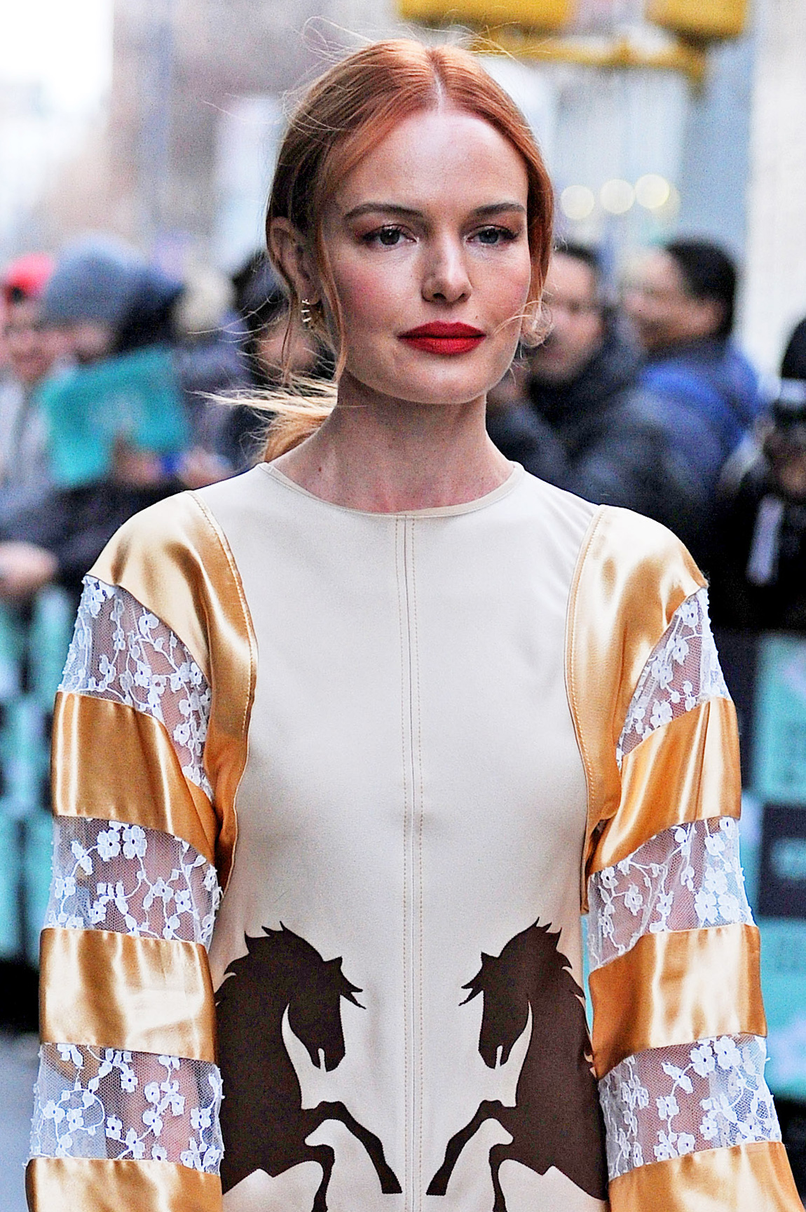 kate-bosworth-dazzles-in-a-gold-and-beige-dress-with-horses-printed-at-the-waist-as-she-is-seen-arriving-at-aol-new-york