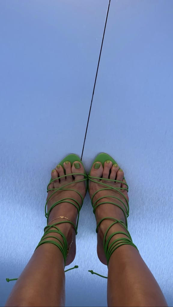kendall-jenner-green-pistachio-pedicure-png