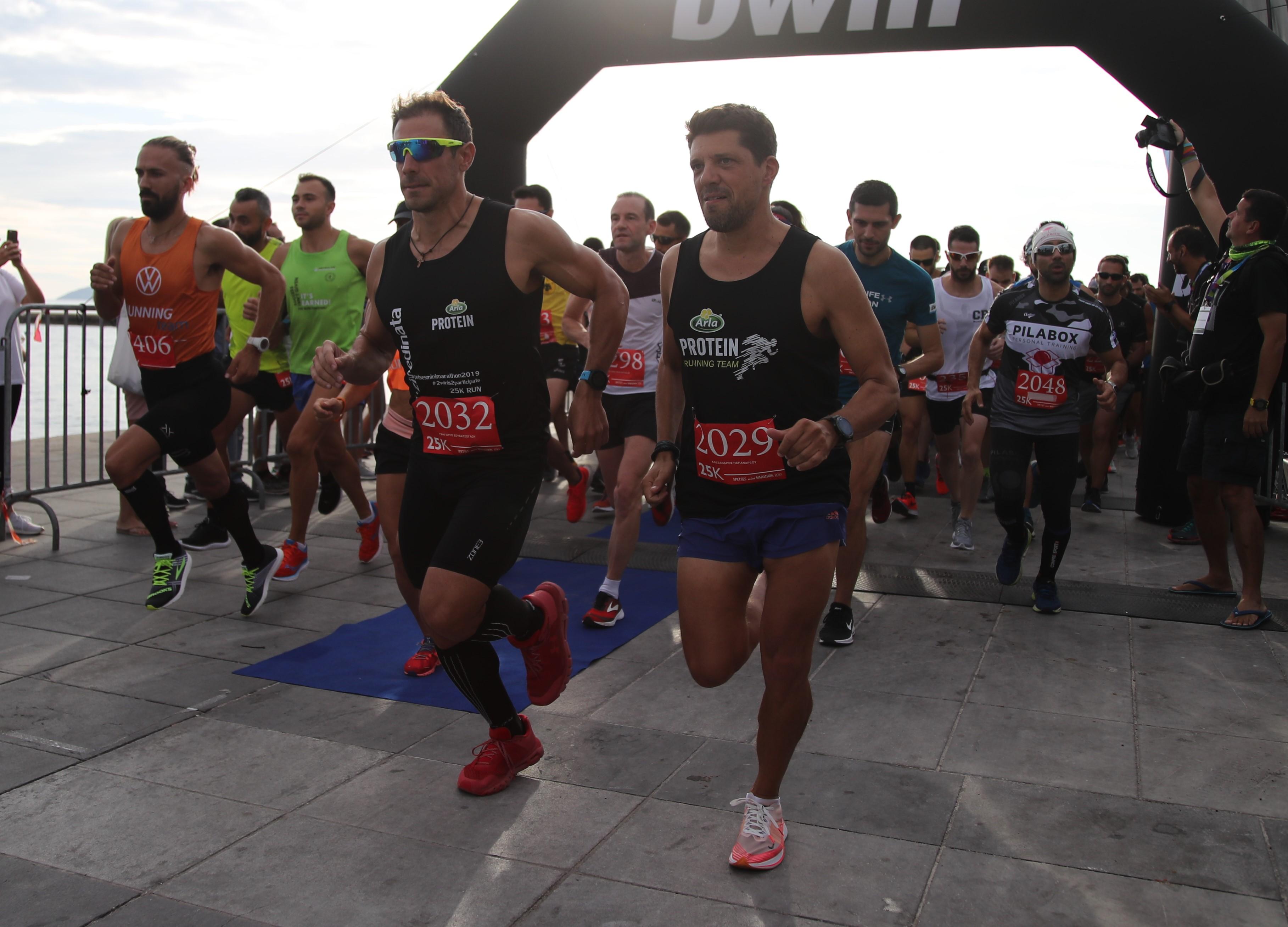 25k_start-grigoris-souvatzoglou-alexandros-papandreou-photo-credits-michalis-kokorakis-48
